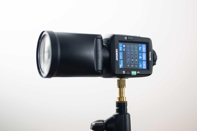 Jinbei HD-2 Pro Blitzgerät Test im Vergleich zu Profoto A1X und Godox V1 - Display