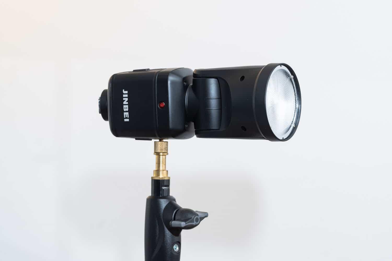 Jinbei HD-2 Pro Blitzgerät Test im Vergleich zu Profoto A1X und Godox V1 - Vorderseite Blitz
