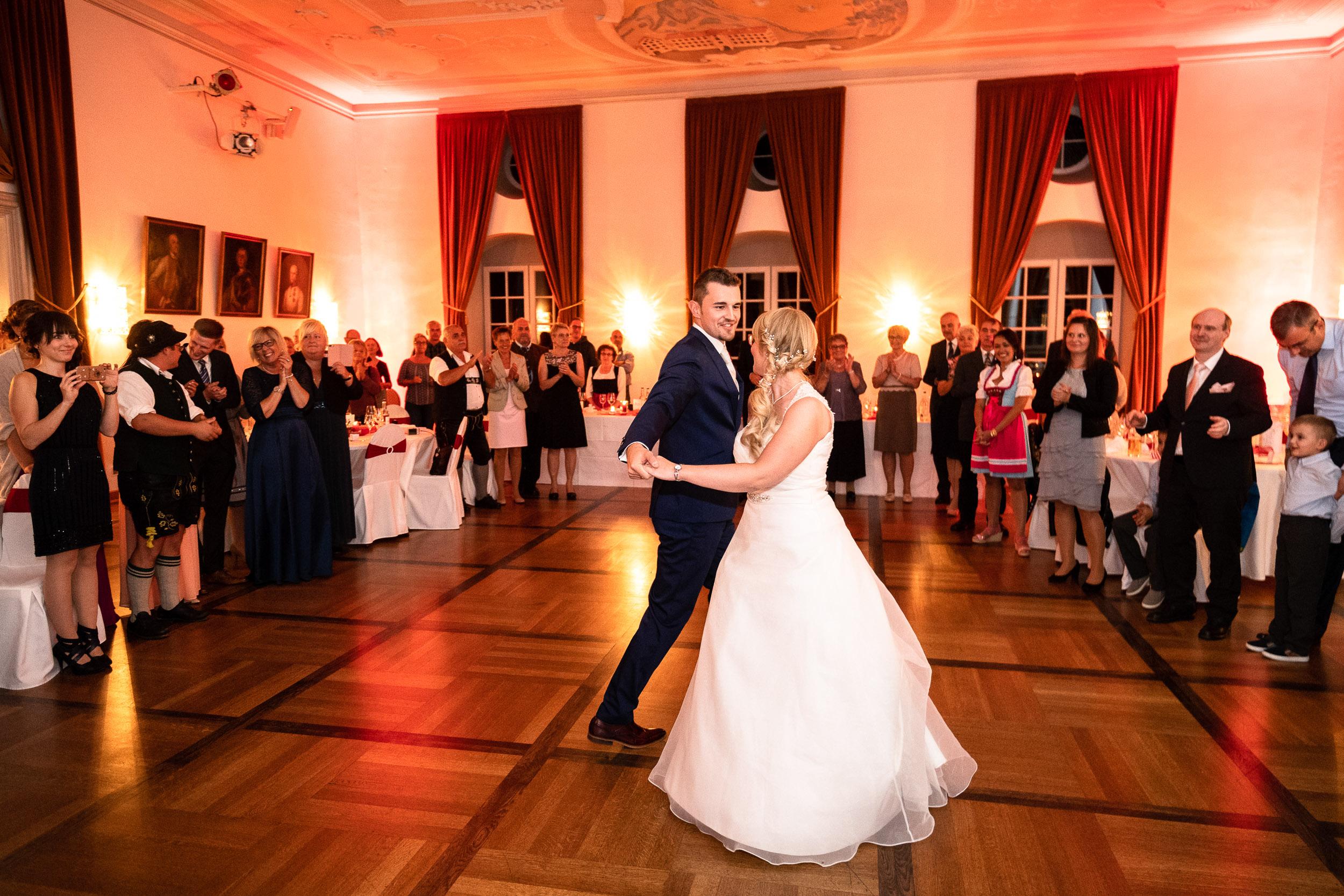 Hochzeitsreportage - Ablauf, Dauer, Preise & Infos vom Fotograf | Hier typisches Beispiel für eine spontane Aufnahme
